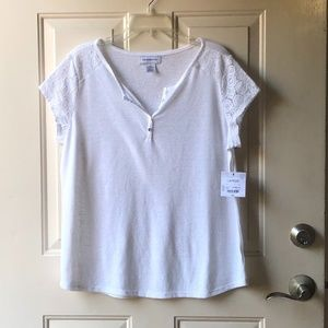 Liz Claiborne women's top, white color.